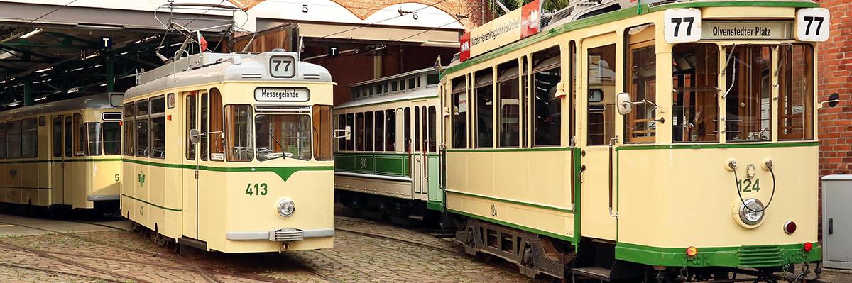 Historische Fahrzeuge im Museumsdepot in Sudenburg (Foto: IGNah)