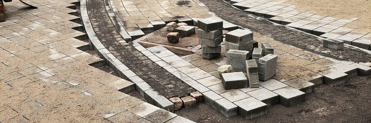 Pflasterarbeiten am Damaschkeplatz